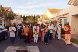 Residents of ShantiNiketan, a retirement community in Florida (NPR)